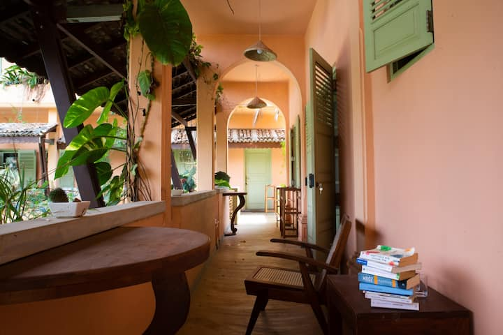CASA MARIA MIRISSA, Room for 4 in the Villa, No4