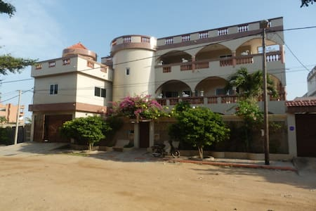 Villa 4 chambres privatives - Cotonou
