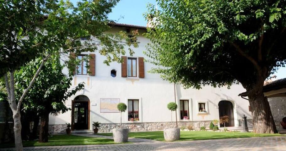 Alloggio Agrituristico Casa Pellis