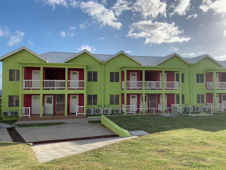 Camps Alcove: 1 Bedroom Local Apartment (The Cayo)