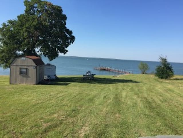 Private Open-water Lakefront Lot with Cabin