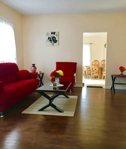 2Bedroom Apartment Near MGM Springfield, Six Flags