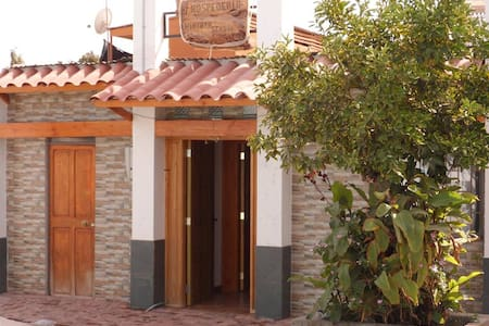 HOSTEL WINTATA PICA - Pica - Bed & Breakfast