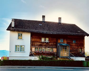 Charming traditional Swiss farming house, Lakeview