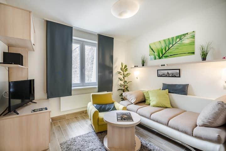 Green Paradise Apartment