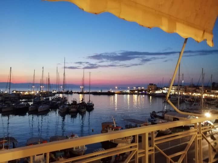 Aegina Port Apts 1-Διαμέρισμα στο λιμάνι 1