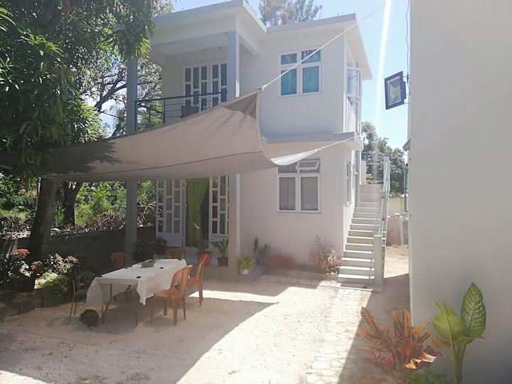 Chez Tirek Ile Rodrigues Cozy 2