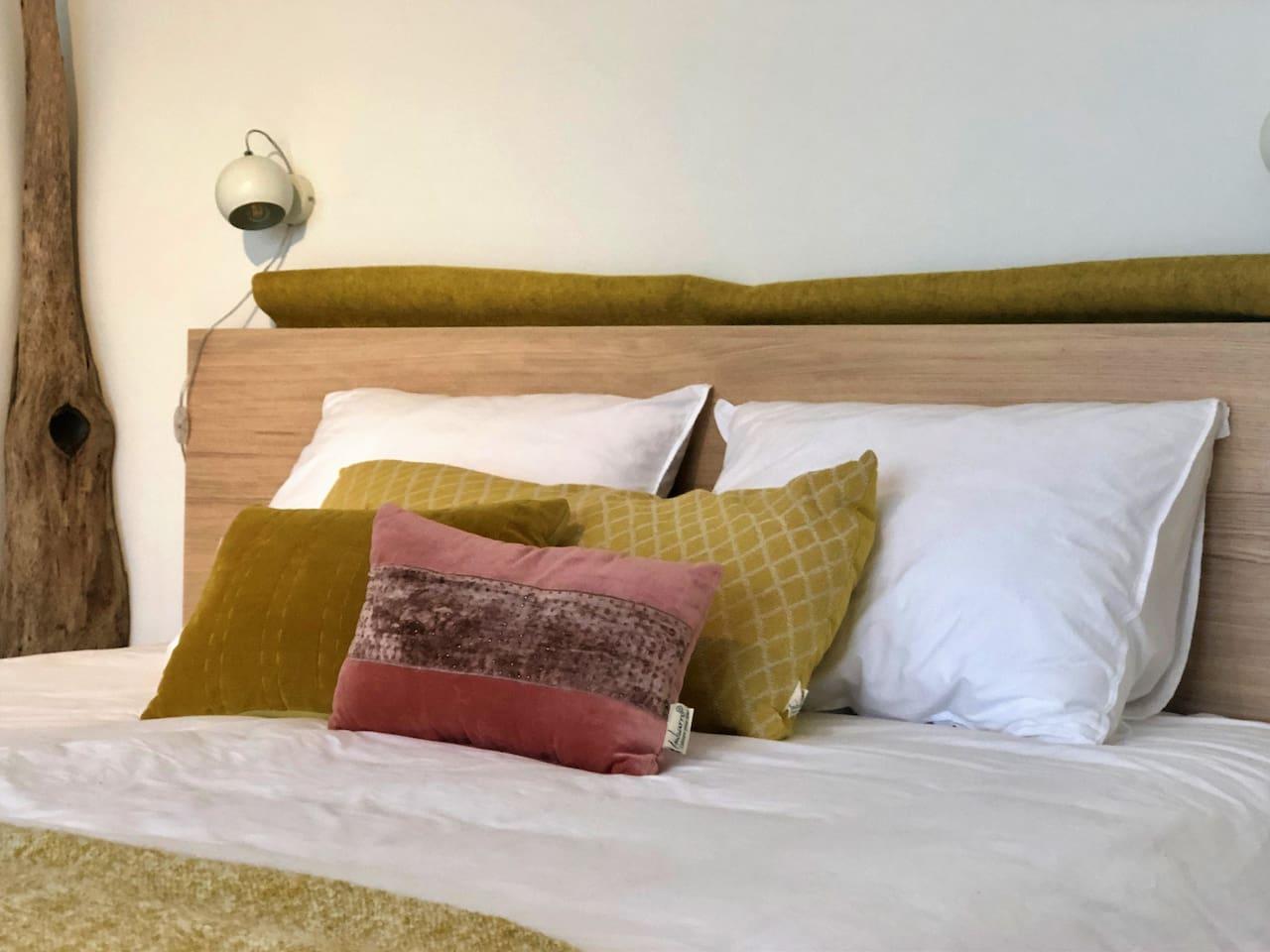 Groot en comfortabel 180 x 200 cm 2-persoonsbed