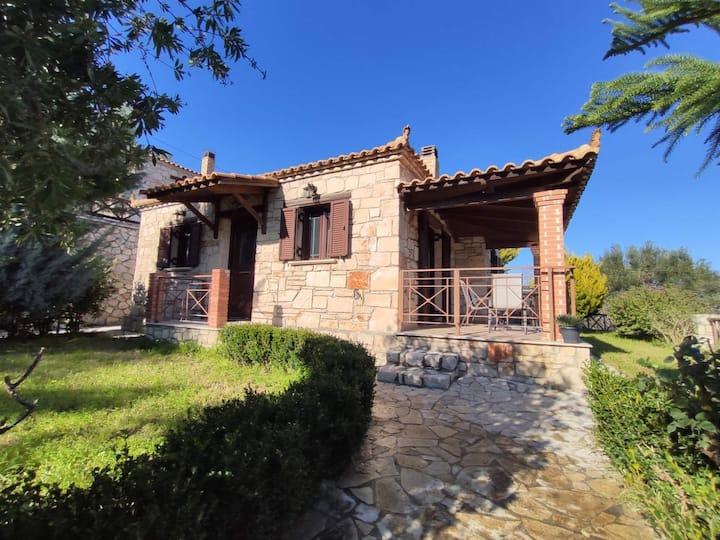 """Villa Vozas """"Nefeli"""" Stonehouse with great view"""