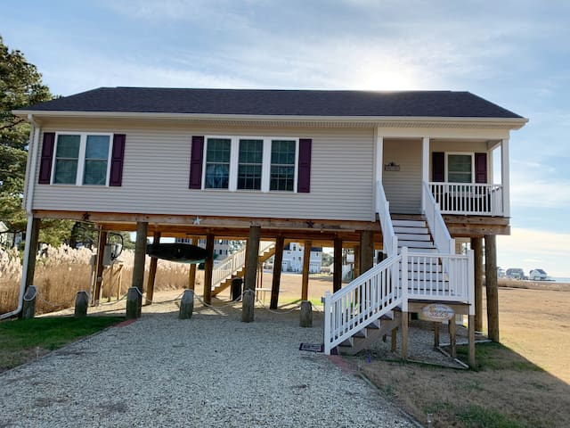 Salty Paws - A Captain's Cove Vacation Home