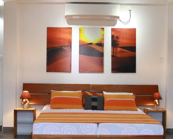 Perennial Home 8 -  70m²,  Full A/C apt