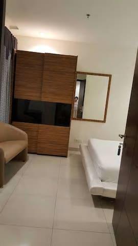 CT Tòa 17T6 căn hộ 120m2, 2 phòng ngủ, đồ cơ bản