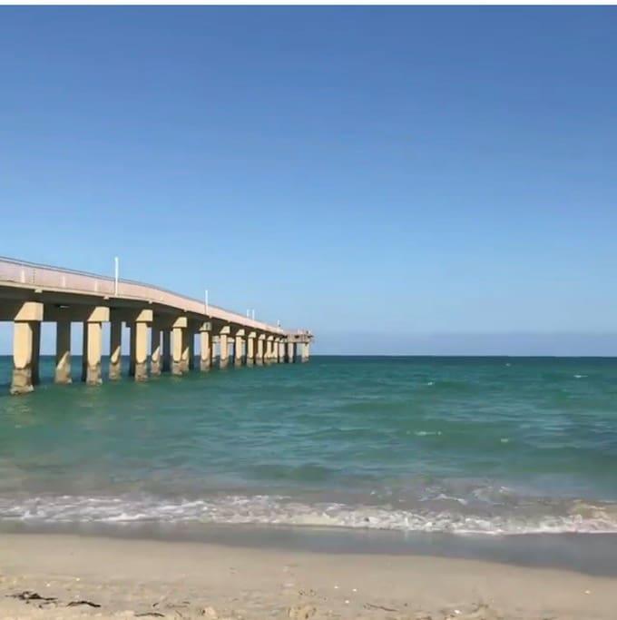 Sunny Isles Beach and pier.
