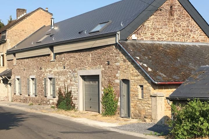 """Au Mas de Mont """"Le petit Mas"""" (chambre familiale)"""