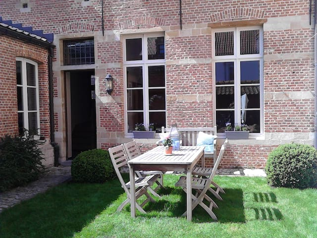 B&B De Vrome Vos - Malinas - Bed & Breakfast