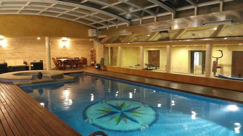 Chalet  en Elche con piscina - Elx - 단독주택