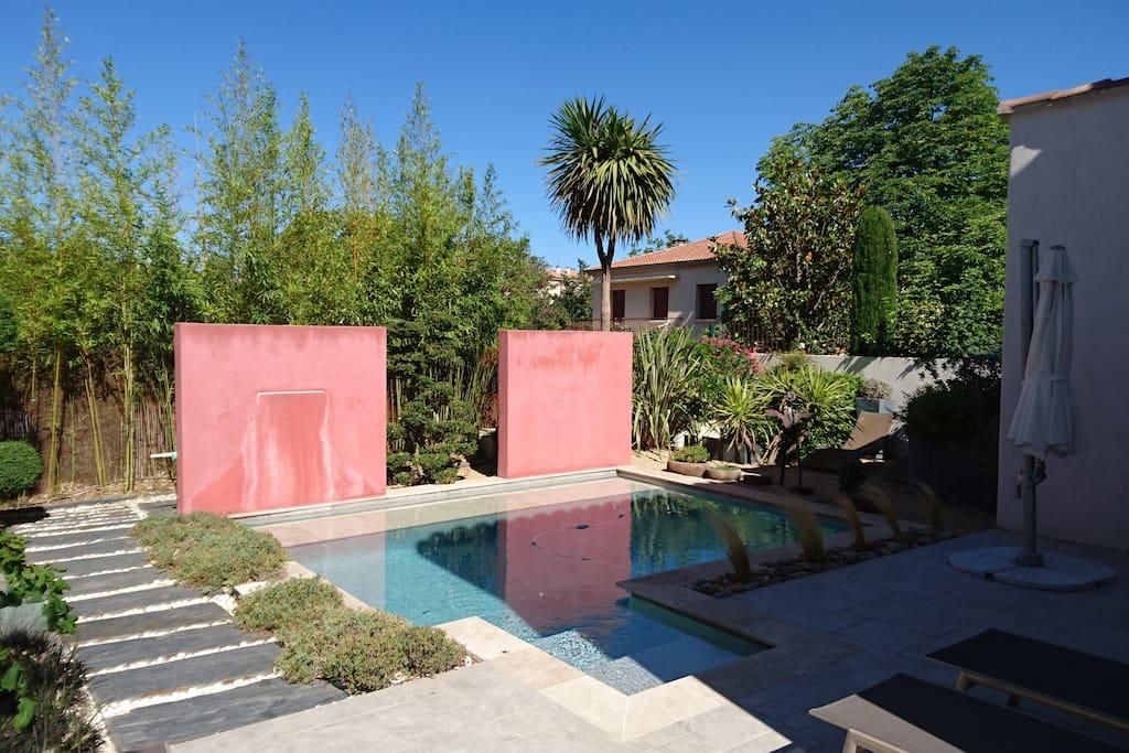 Villa avec piscine centre ville aix villas for rent in - Piscine d aix en provence ...