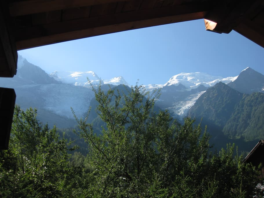 Vue sur la chaine du Mont Blanc