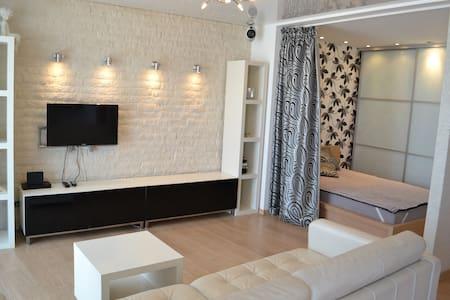 Дизайнерские апартаменты в центре - Volgograd - อพาร์ทเมนท์