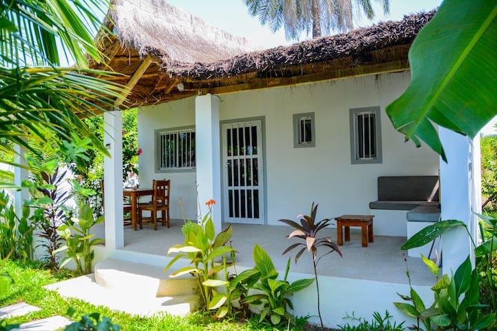 Oasis Club 2 Maison De Charme Piscine Tropicale Maisons A Louer