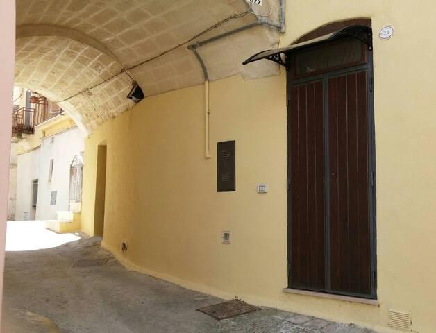 Casa Nonna Emilia - Montescaglioso - Dom