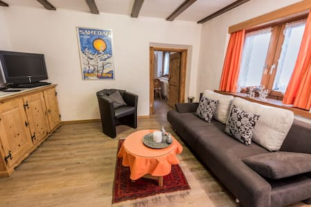 Chesa Treig, Samedan (2 people) - Samedan - Appartement