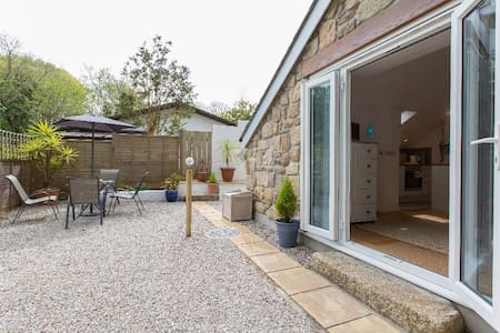 Detached Garden Studio Near St Ives with parking - Lelant - Rumah