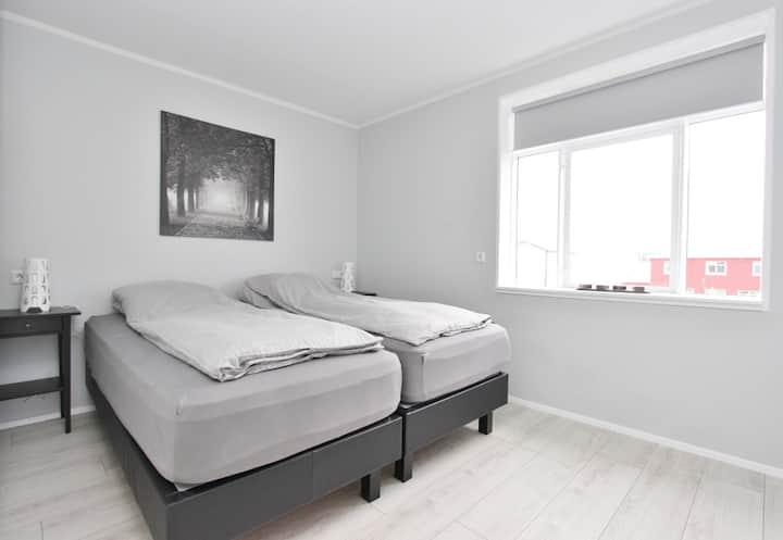 Fantastic renovated apartment down town Akureyri