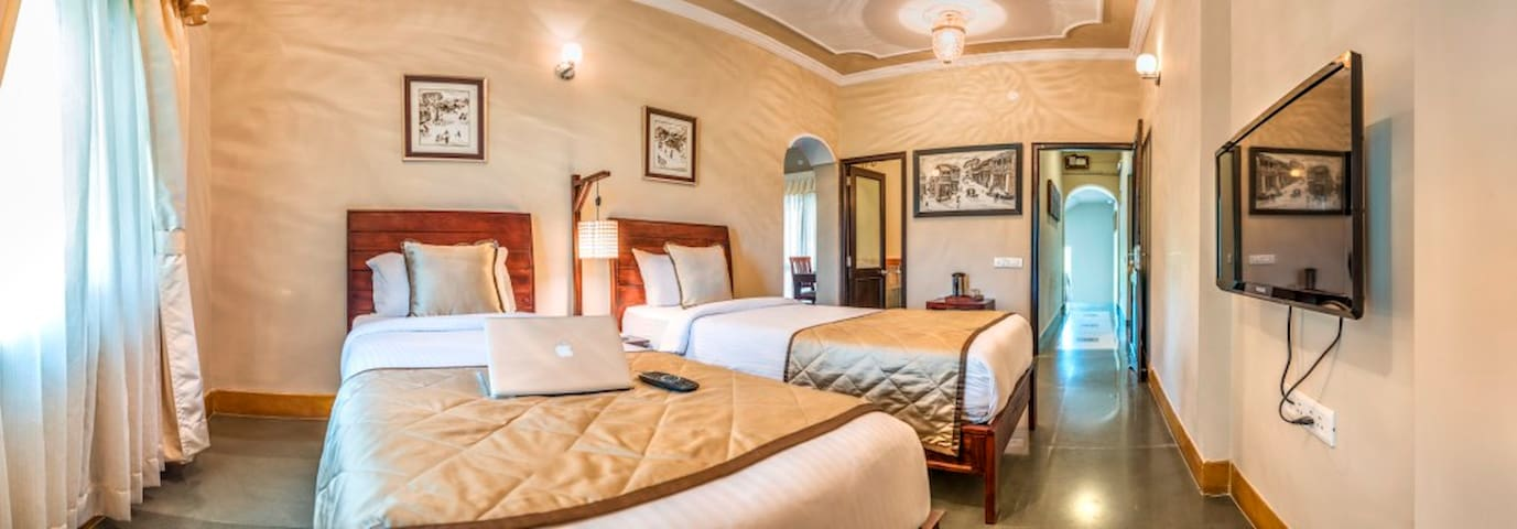 Luxury Villa rooms - Udaipur - Villa