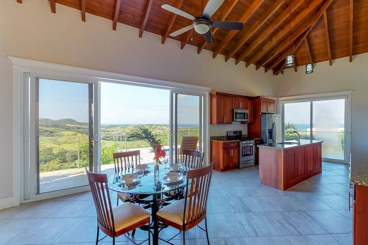 Paradise Villa @ Coral Views