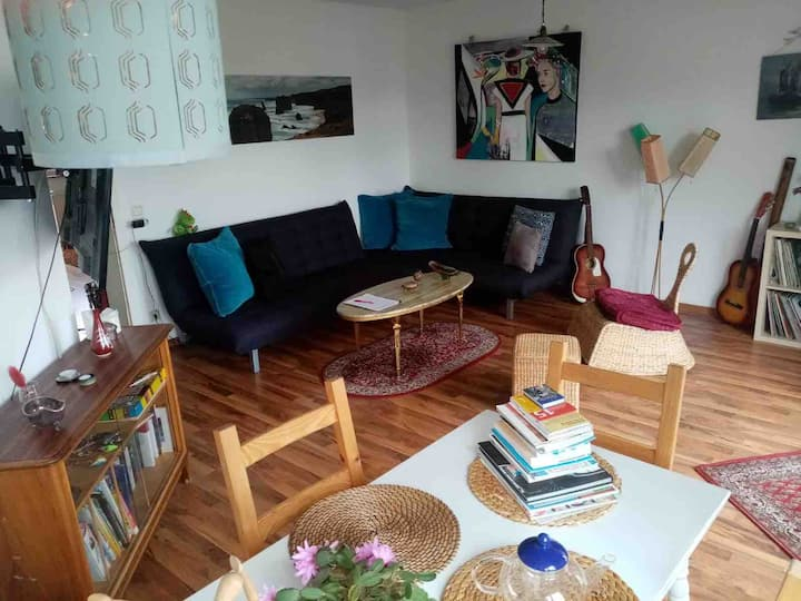 Cozy Apartment with Balcony in Lindenau
