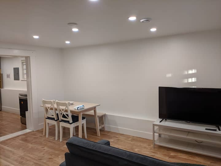 Fully renovated One Bedroom Garden Suite