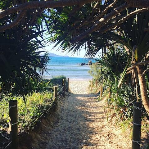 Hat Head Beach Cottage 1