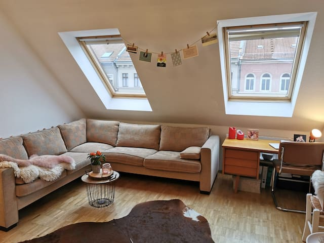 Gemütliche Dachgeschosswohnung im Herzen Leipzigs