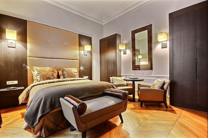Luxury Apartment Heart of Paris Bail Mobilité ONLY