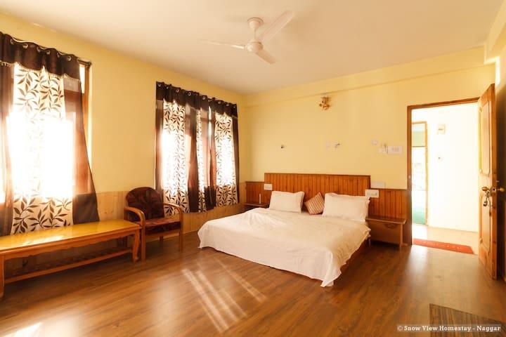 Private Room 2 at Snow View Homestay - Naggar
