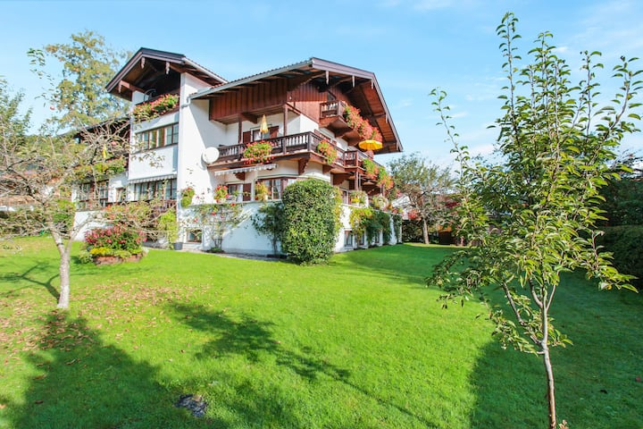 Holiday Apartment Krenn 1 with Balcony, Mountain View & Wi-Fi; Parking Available, Pets Allowed