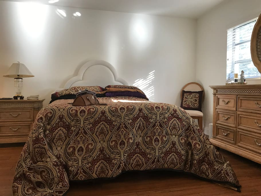 Here's your private bedroom. The pillows are memory foam and you'll be sleeping on a $2500 Serta plush memory foam mattress.