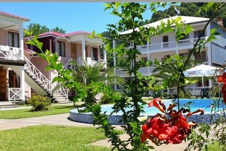 Гостевой дом у побережья - Махинджаури