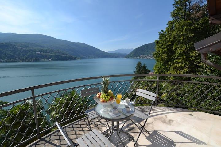 Villa Rina - Luxury Villa on Lake Lugano