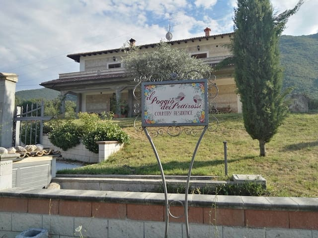 Poggio de' Pettirossi-Pettorano sul Gizio