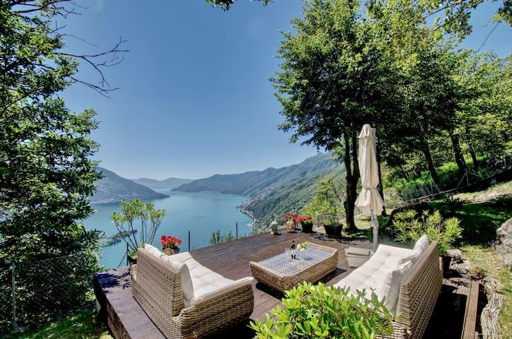 Rustico in Traumlage hoch über dem See