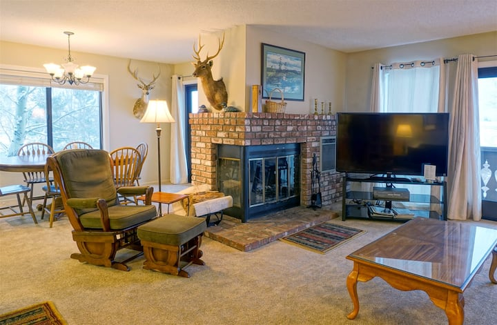 June Lake Interlaken 12 Cozy, Spacious, Family Friendly
