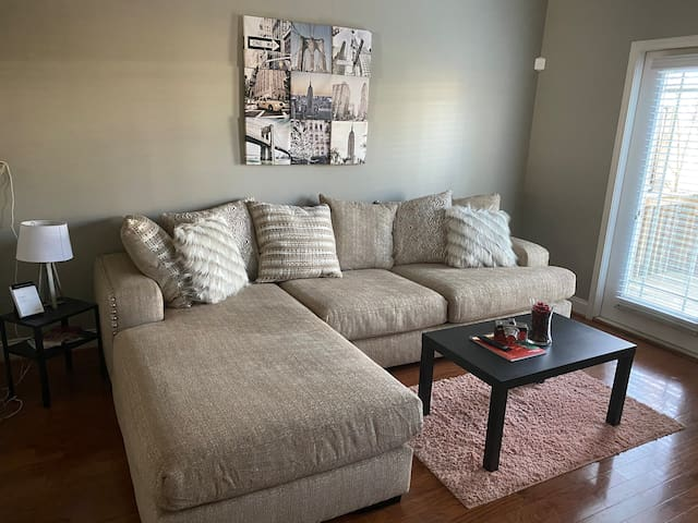 Decatur Hideaway Suite