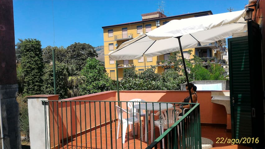 Casa Fiumefreddo di Sicilia centro - Fiumefreddo di Sicilia - บ้าน