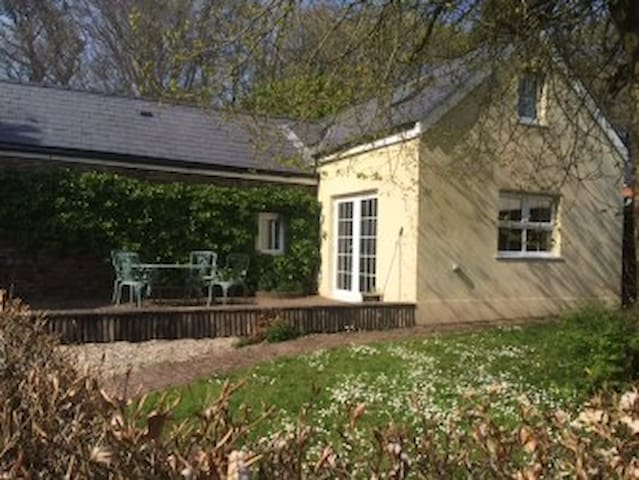 Garden Cottage - Narberth, Pembrokeshire