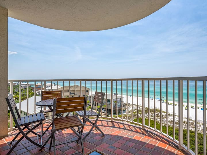 Beautiful Gulf Views from your Balcony