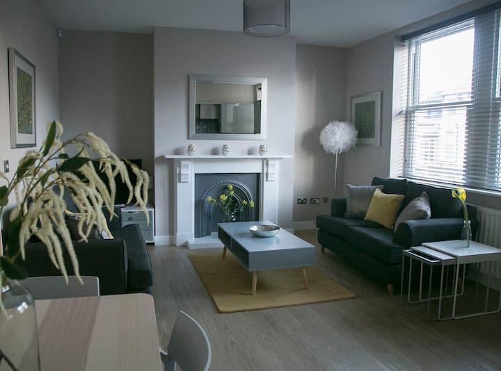 Harrogate Central Luxury 2 bed apt Alpha Spa
