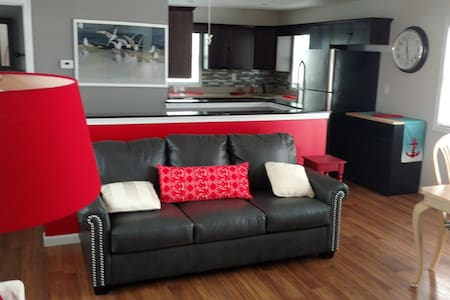 Bada Boom Shore House - Family Rental