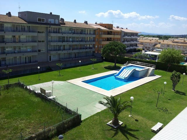 Ground floor apartment with garden and pool - Estartit (L´) - Appartement